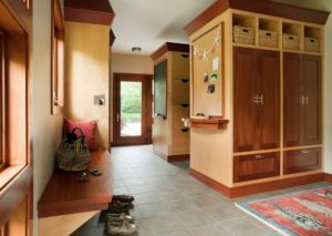 Keep Your Home's Point of Entry Organized