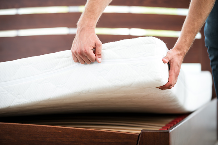 How to Deep Clean a Memory Foam Mattress?