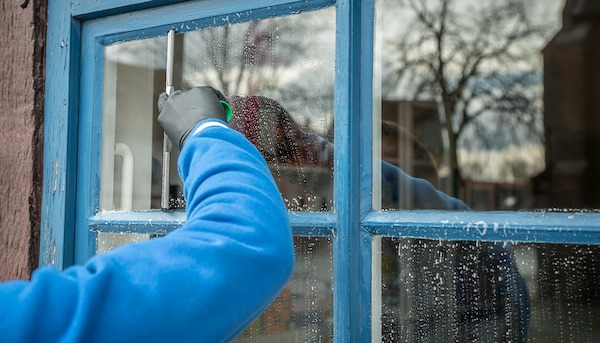 Clean Windows Without Water