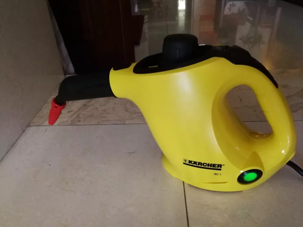 How Does A Handheld Steam Cleaner Work?