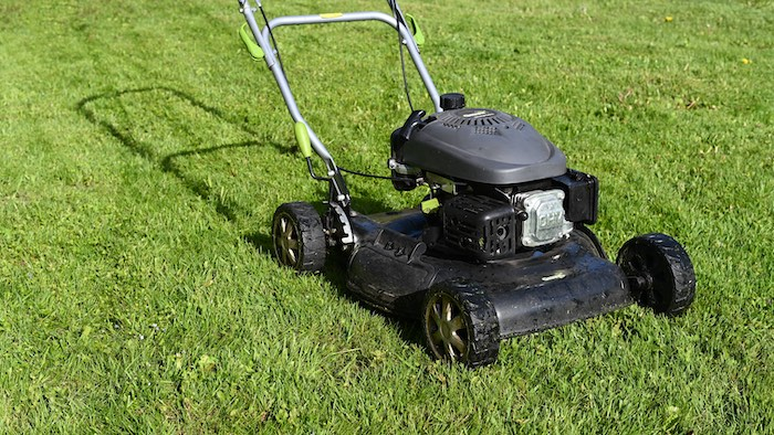 Will Mowing Wet Grass Ruin Lawn Mower